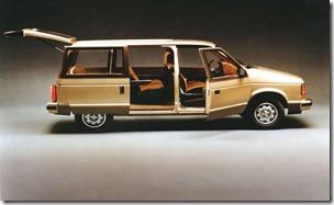 1984_Dodge-Caravan_1984-03
